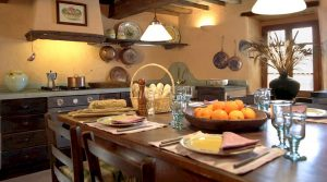 Borgo di Vagli vacation apartment kitchen-dining room